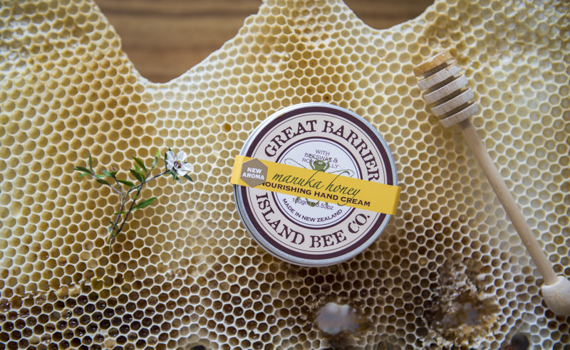matakana botanicals great barrier island bee co product photography by lolamedia